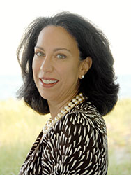 Carolyn Ozcan